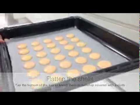 2 Minute Guide/Recipe To Pierre Herme Basic Macaron Shell (Modified)