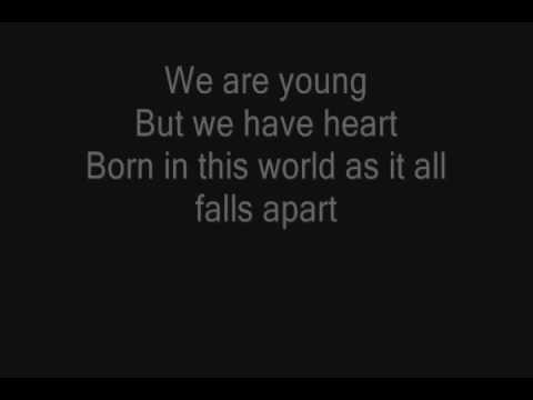 Young - Hollywood Undead Lyrics